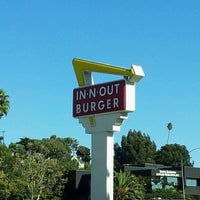 Photo taken at In-N-Out Burger by Jennifer M. on 11/10/2012