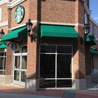 Photo taken at Starbucks by Matt P. on 9/14/2013