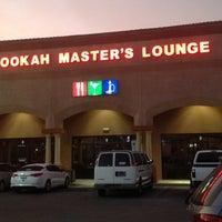Foto tirada no(a) Hookah MASTER's Lounge ™ por Phil E. em 7/10/2013