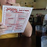 Foto diambil di Jerry Bobs Resturant oleh chris m. pada 1/19/2014