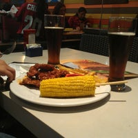 Photo taken at Chili's by Aldiux A. on 12/23/2014