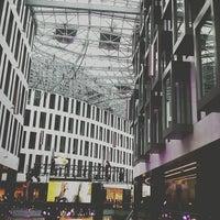 10/12/2013 tarihinde Maciek M.ziyaretçi tarafından Plac Unii City Shopping'de çekilen fotoğraf