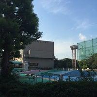 Photo taken at 目黒区民センター 屋外プール by Motoharu I. on 9/4/2015