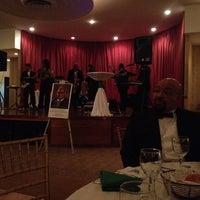 Foto scattata a Parkway Ballroom da Sharon E. il 4/27/2014