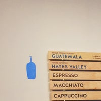 Foto scattata a Blue Bottle Coffee da Graham S. il 5/28/2015
