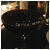 Photo prise au Caffé Al Dente par Ben D. le12/29/2012