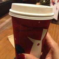 11/15/2012 tarihinde Lisa E.ziyaretçi tarafından Starbucks'de çekilen fotoğraf