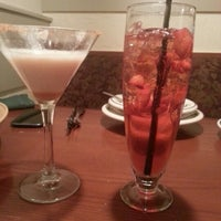 Photo taken at Olive Garden by Yahdhirah Y. on 1/19/2013