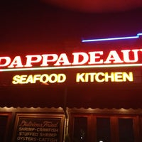 Photo taken at Pappadeaux Seafood Kitchen by SooFab on 3/16/2013