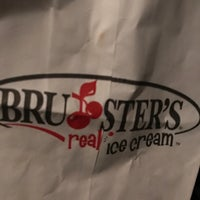 Photo taken at Brusters Ice Cream by SooFab on 2/6/2017