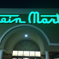 Photo taken at Stein Mart by SooFab on 11/27/2013