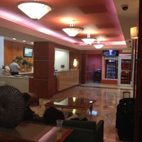 Photo taken at Courtyard Marriott by SooFab on 11/6/2014