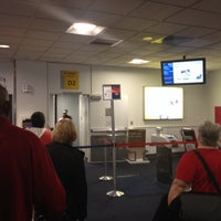 Photo taken at Gate D2 by SooFab on 5/17/2014