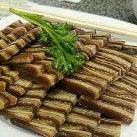 Photo taken at Top Shanghai Cuisine Restaurant 上海一只鼎 by Eka B. on 1/3/2017