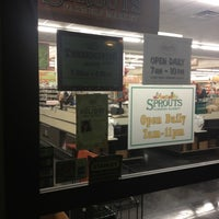 Photo taken at Sprouts Farmers Market by Vanessa R. on 11/17/2012