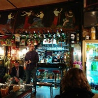 Photo taken at Pizzeria Tavolino by Samo Vas Gledam on 10/25/2014