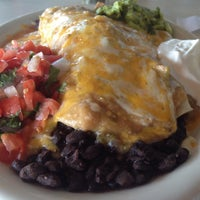 Photo taken at Blue Plate Diner by Tom K. on 7/6/2013
