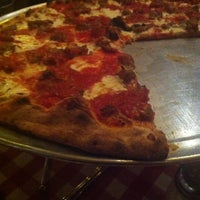 Photo taken at Grimaldi's Pizzeria by John on 7/20/2013
