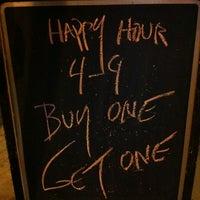Foto scattata a JR's Bar & Grill da Jeff P. il 10/17/2012