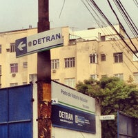 Photo taken at Detran by Vanessa G. on 6/14/2013