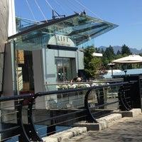 Lift Seafood Restaurant In Coal Harbour