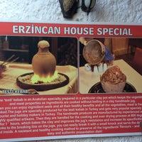 Foto tirada no(a) Erzincan Restaurant por Ufuk B. em 8/14/2016