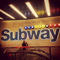 Photo taken at MTA Subway - 42nd St/Times Square/Port Authority Bus Terminal (A/C/E/N/Q/R/S/W/1/2/3/7) by Kenz J. on 4/21/2013