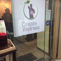Foto tirada no(a) Create Wellness Chiropractic Center por Anastasia L. em 2/10/2014