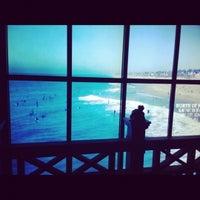 Снимок сделан в Hollister Co. пользователем Sabina M. 12/8/2012