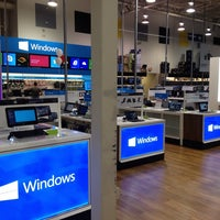 Photo taken at Best Buy by VazDrae L. on 9/7/2013