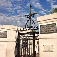 Снимок сделан в St. Louis Cemetery No. 1 пользователем Stephen Michael F. 4/29/2013
