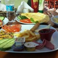Photo taken at Steakhouse & Coffee by Tuğçe I. on 10/20/2013