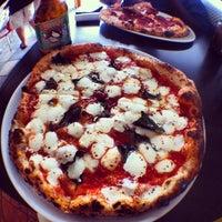 Foto scattata a Pupatella Neapolitan Pizza da Boris il 9/14/2012