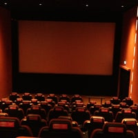รูปภาพถ่ายที่ Cinemaximum โดย Emre T. เมื่อ 6/21/2013