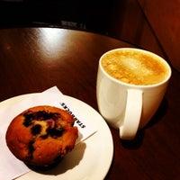 Photo taken at Starbucks by Simon B. on 9/11/2014