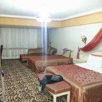10/1/2013 tarihinde Kutay E.ziyaretçi tarafından Basmacıoğlu Otel'de çekilen fotoğraf