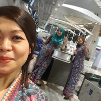 Photo taken at MAS Business Class Check-In by Ruszaini R. on 7/31/2017