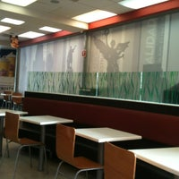 Photo taken at Wendy's by BeaBlue on 6/1/2013