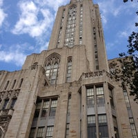 Photo taken at Cathedral of Learning by Dianna H. on 9/30/2012