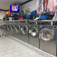Photo taken at Brooklyn Bubbles Laundromat by Kate H. on 9/10/2017