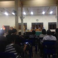 Photo taken at วัดพรพระร่วงประสิทธิ์ by Edenboy N. on 11/10/2012