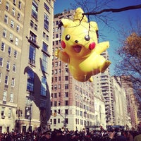 Photo taken at Macy's Thanksgiving Day Parade by jessica m. h. on 11/22/2012