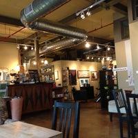 Снимок сделан в The Coffee Loft пользователем Denise 9/12/2013