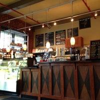 Снимок сделан в The Coffee Loft пользователем Denise 8/14/2014