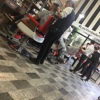 Foto tomada en The Barber's Spa México (Reforma) por Fernando A. el 1/20/2017