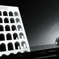 Foto scattata a Palazzo della Civiltà e del Lavoro da Fraktalia il 12/28/2012