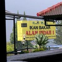 Photo taken at Ikan Bakar Alam Indah 1 by Fanny W. on 8/7/2013