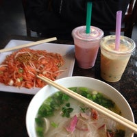 Photo taken at Lemongrass Noodle House by Debby G. on 12/20/2013