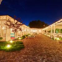Снимок сделан в PLOV lounge & banquet hall пользователем PLOV lounge & banquet hall 6/8/2016