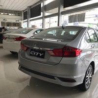Photo taken at Honda Cars Bulacan by Dada T. on 7/15/2017